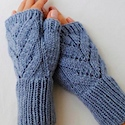 Fall for Free Fingerless Gloves