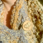 Handspun cowl with stitchable sheep button