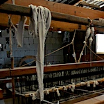 Cleaning and sanitizing your loom safely