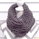 10+ free crochet cowl patterns that work up fast
